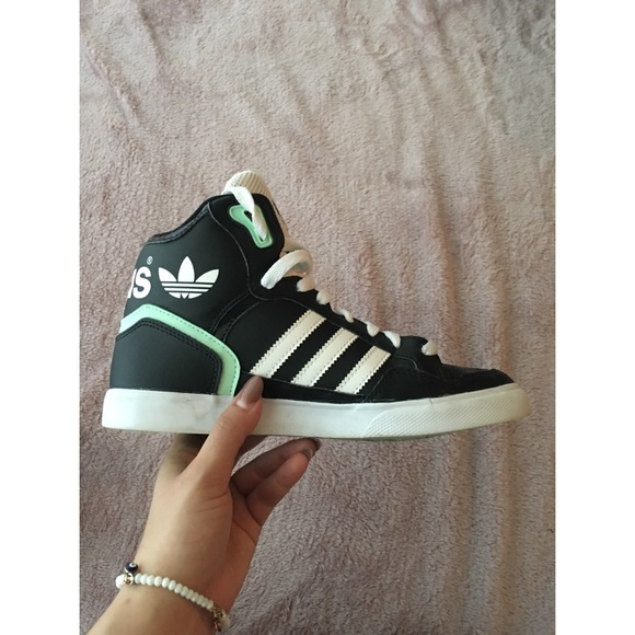 Adidas zapatos Custom High Tops poshmark